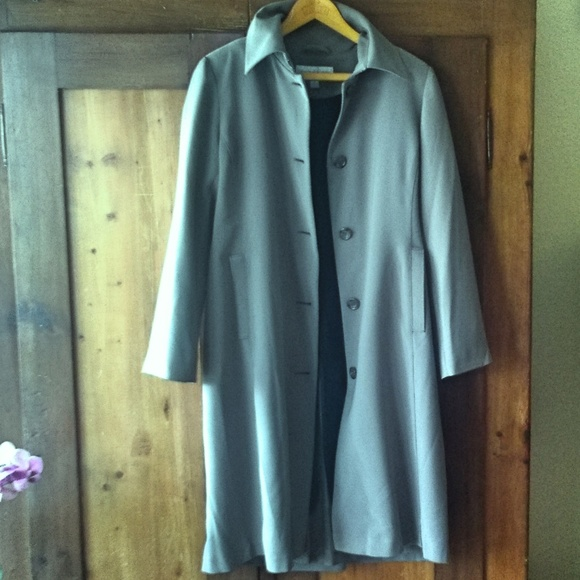 Jones New York Jackets & Blazers - Trench Coat with removable lining